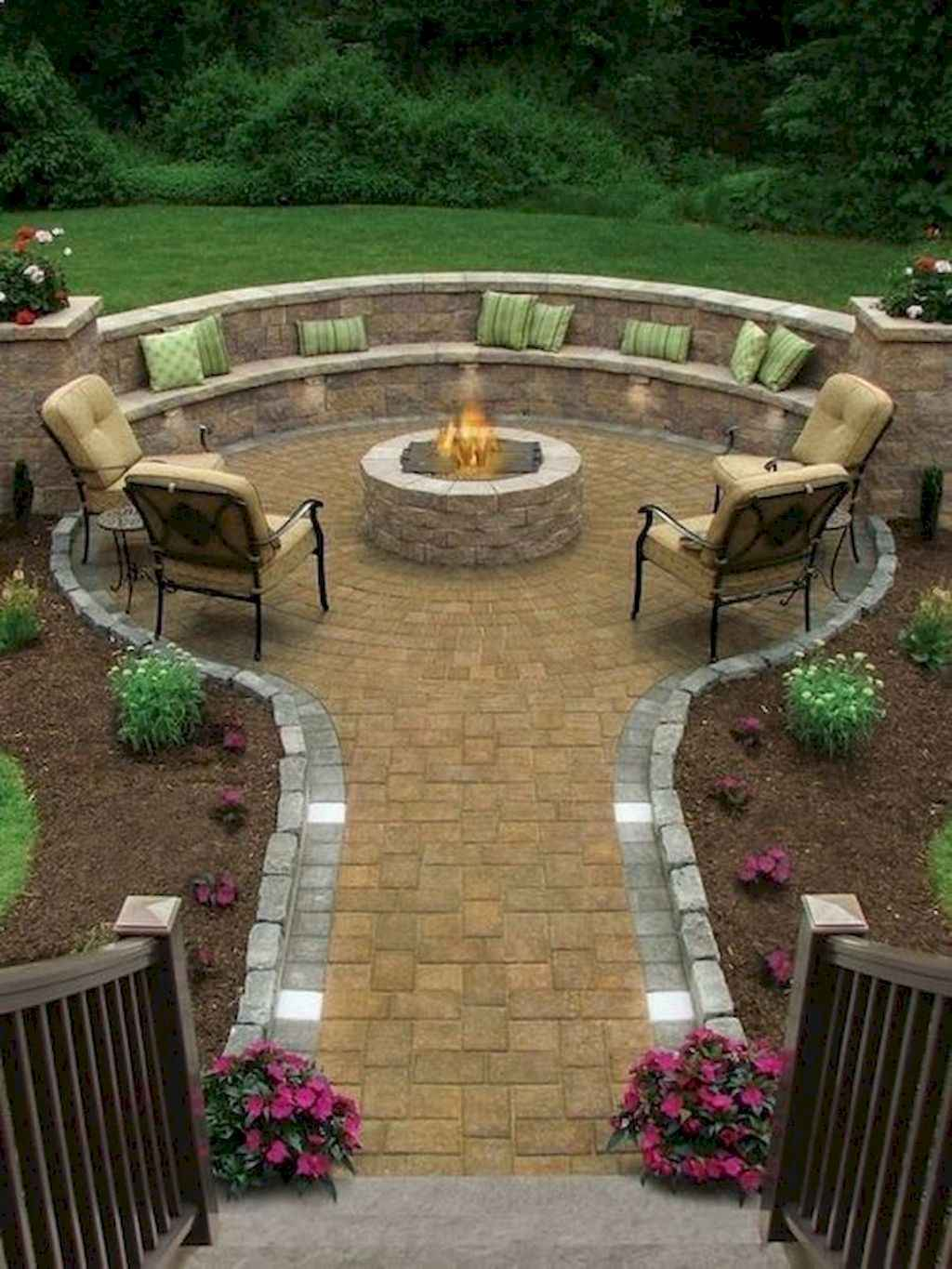 33 Easy Backyard Fire Pit with Cozy Seating Area Ideas